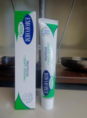 Emoform Actisens, dentifricio per denti sensibili