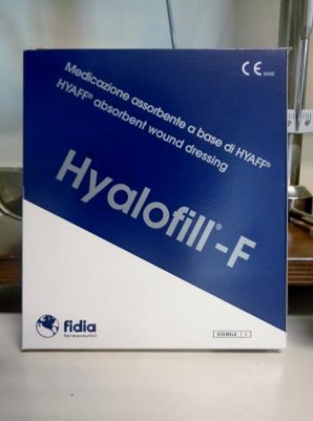 Hyalofill-F, medicazione assorbente in formato 10 x 10 cm