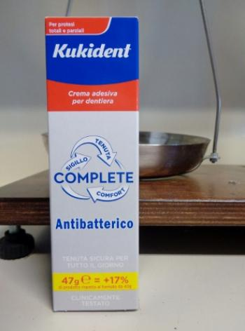 Kukident Complete con Antibatterico 47 grammi