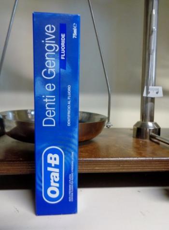 OralB Dentifricio per Denti e Gengive 75 ml